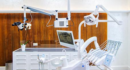Dentysta Tomasz Kaniak – gabinet stomatologiczny Legnica